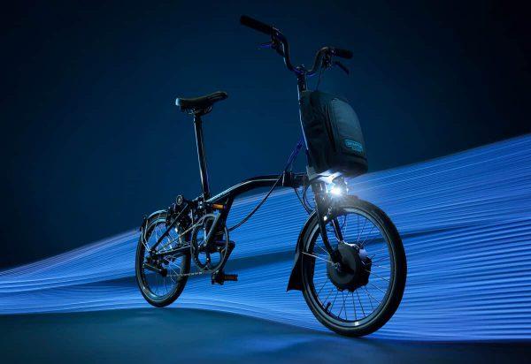 thecoolbikingcompany-Brompton-Electric-zwart-studio