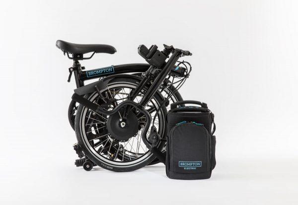 thecoolbikingcompany-Brompton-Electric-zwart-gevouwen-tas