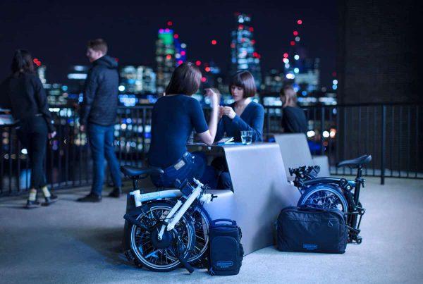thecoolbikingcompany-Brompton-electric-buiten2